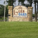 Glen Oaks Apartment Entrance