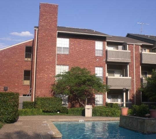 Woodglen Apartment Building View