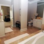 Drexel Park Hollow Apartment Bathroom