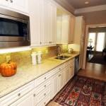 Drexel Park Hollow Apartment Kitchen.