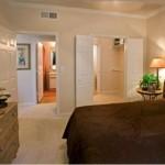 La Salle Apartment Bedroom