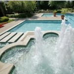 La Salle Apartment Fountain