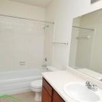 Meadowcrest Apartment Bathroom