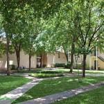 Meadowcrest Apartment Courtyard