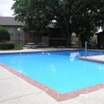 Preston Del Norte Apartment Pool View