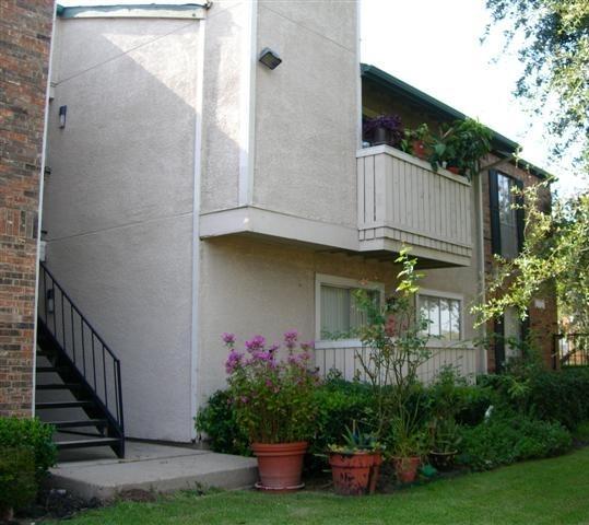 Preston Pointe Apartment External View - Apartment In Dallas