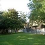 Preston Racquet Club Apartment Garden