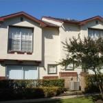 Preston Townhomes Apartment Exterior
