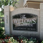 Willows on Rosemeade Apartment Community Sign