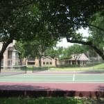 Windsong Apartment Tennis Court
