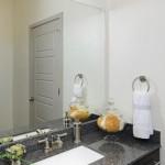 Alta Henderson Apartment Bathroom