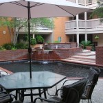 Lincoln Court Apartment Pool View