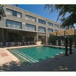 Mitchell Lofts Apartment Pool