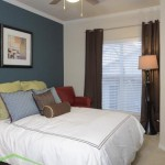 White Rock Lake Apartment Bedroom